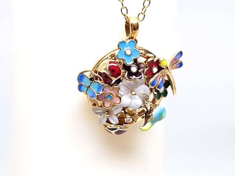 Yellow Gold Necklace Mother of Pearl Diamond Multi-Color Enamel Pendant For Sale 4