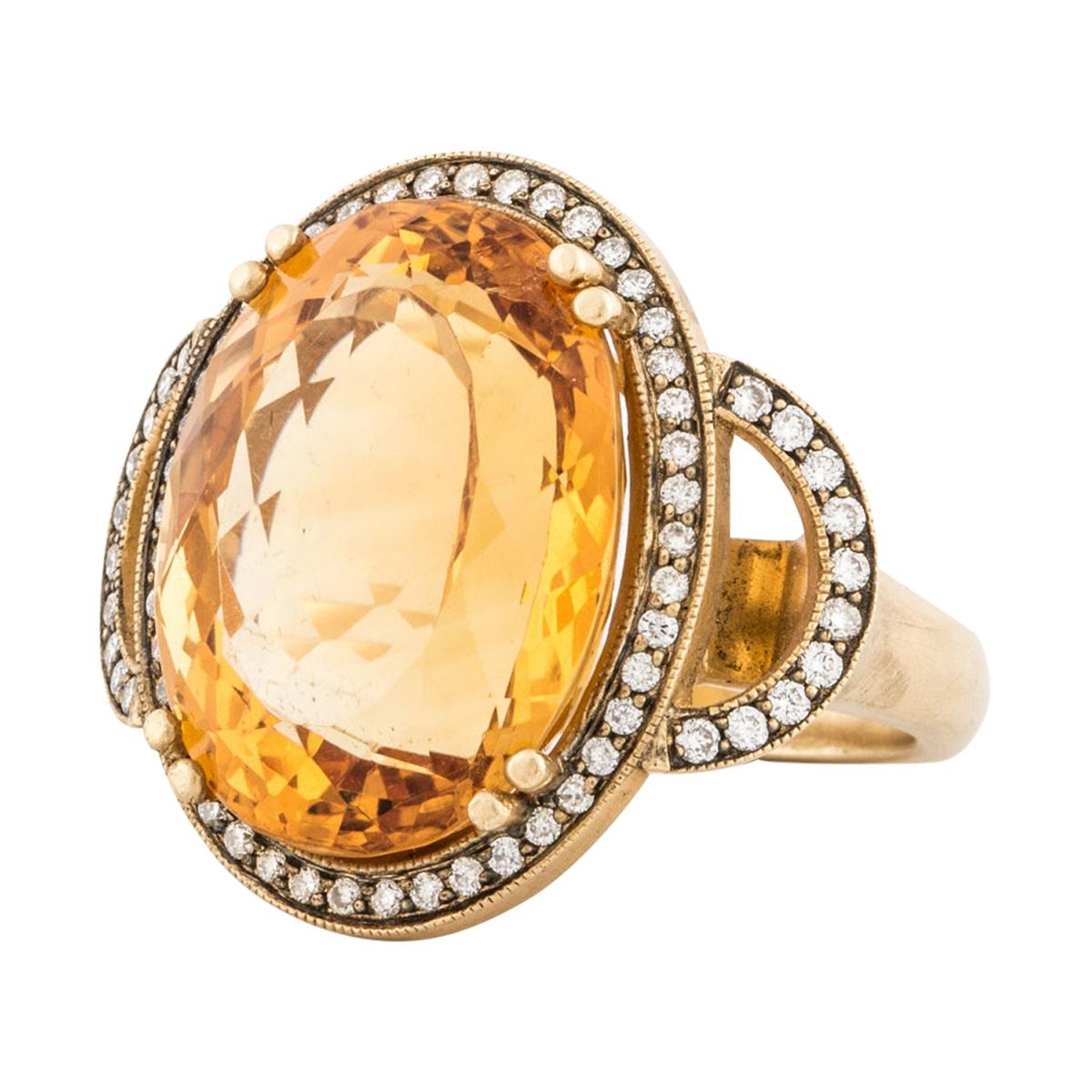 Oval Citrine and Diamond Ring in 18K Gold