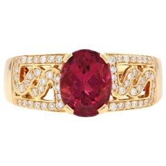 Yellow Gold Pink Tourmaline and Diamond Ring, 18 Karat Oval Cut 1.89 Carat