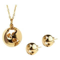 Yellow gold plated necklace and earrings set by Cristina Ramella
