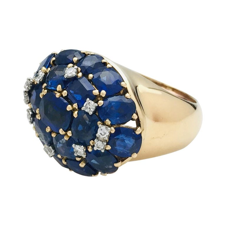 Post-War Yellow Gold Ring, Sapphires and Diamonds For Sale