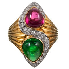 Yellow Gold Ring with Pear Cabochon Green & Pink Tourmaline Ring with Diamonds
