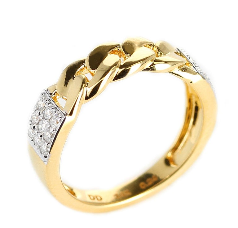 Round Cut Yellow Gold Rope-Style Ring with Diamonds, 14 Karat For Sale