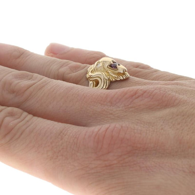 Yellow Gold Ruby & Diamond Lion's Head Ring, 14k .35ctw Round Brilliant Men's In Excellent Condition In Greensboro, NC