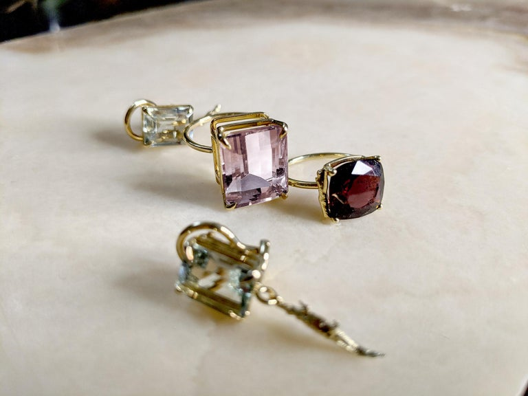 Yellow Gold Tea Contemporary Ring with Natural Red GIL Cert 5.38 Carat Spinel For Sale 7
