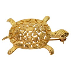 Yellow Gold Turtle Pin Brooch