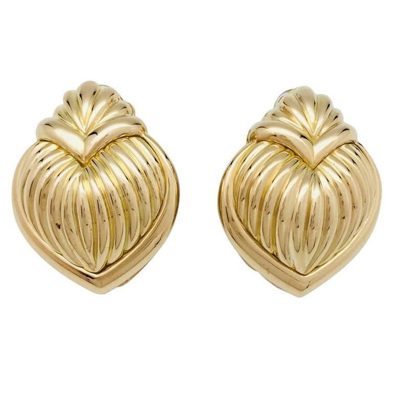 Yellow Gold Vintage Boucheron Clips/Earrings