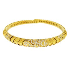 Yellow Gold with Diamond Chocker