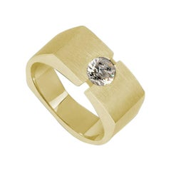 Yellow Gold with Round Solitaire Diamond Ring