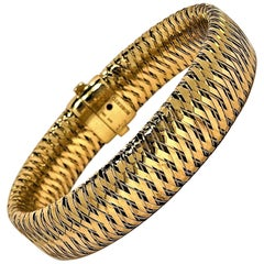 Yellow Gold Woven Design Bracelet by Roberto Coin