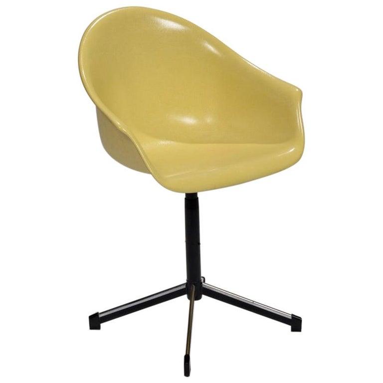 Yellow Molded Fiberglass Swivel Shell Chair For Sale