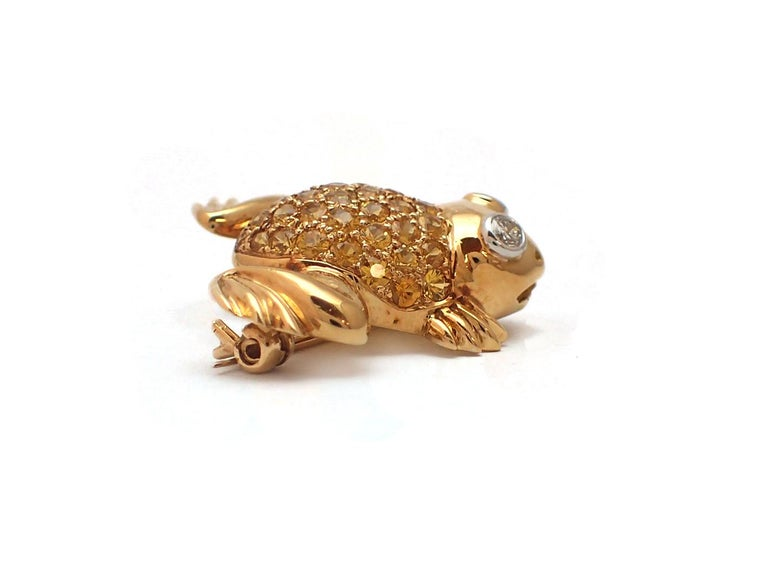 Contemporary Yellow Sapphire and Diamond Frog Pin in 18 Karat Yellow Gold For Sale