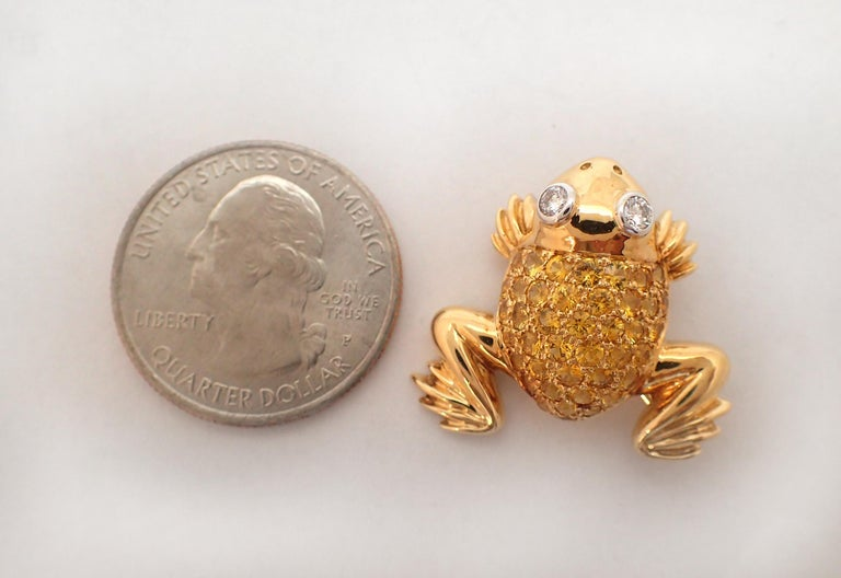 Yellow Sapphire and Diamond Frog Pin in 18 Karat Yellow Gold For Sale 1