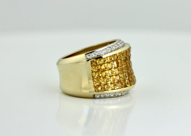 Yellow Sapphire and Diamond Ring In Good Condition For Sale In Palm Beach, FL
