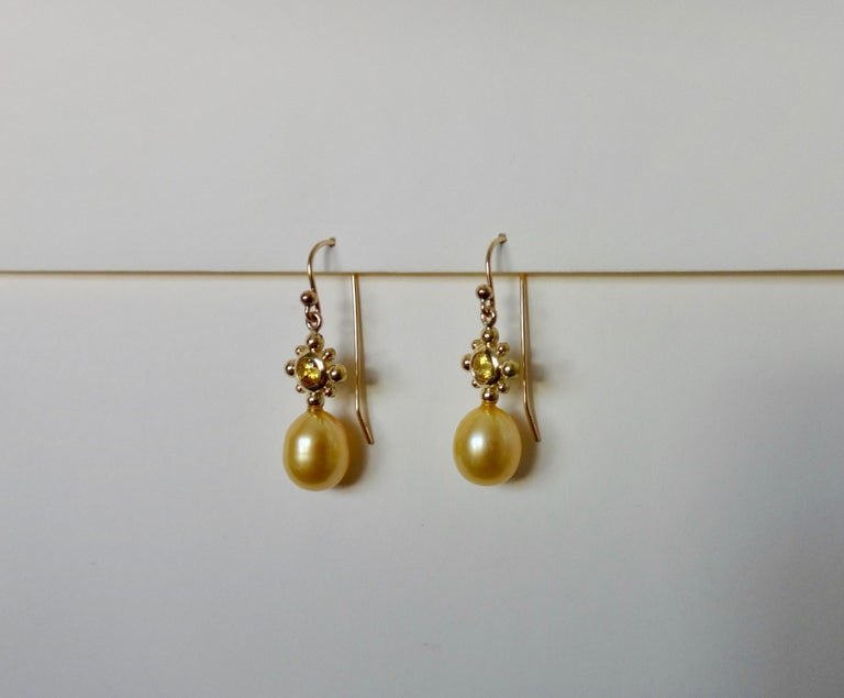 Contemporary Yellow Sapphire Golden South Seas Pearl 18 Karat Yellow Gold Dangle Earrings For Sale