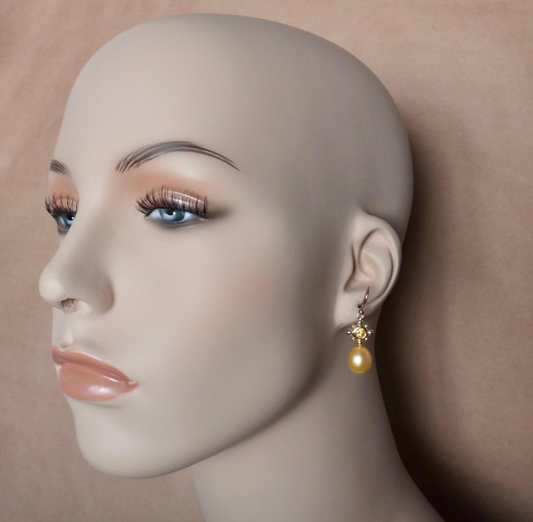 Yellow Sapphire Golden South Seas Pearl 18 Karat Yellow Gold Dangle Earrings In New Condition For Sale In Rancho Mirage, CA