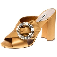 Yellow Satin Crystal And Faux Pearl Embellished Brooch Peep Toe Mules Size 38