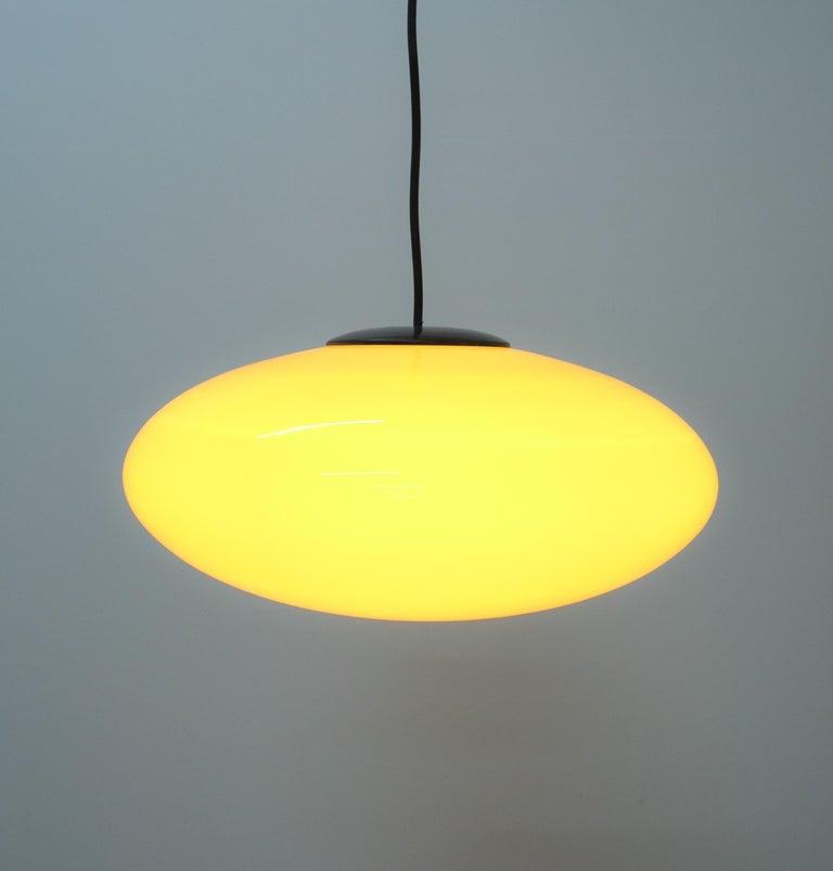 Italian Yellow Stilnovo Glass Ball Pendant Lamp, Midcentury Italy For Sale