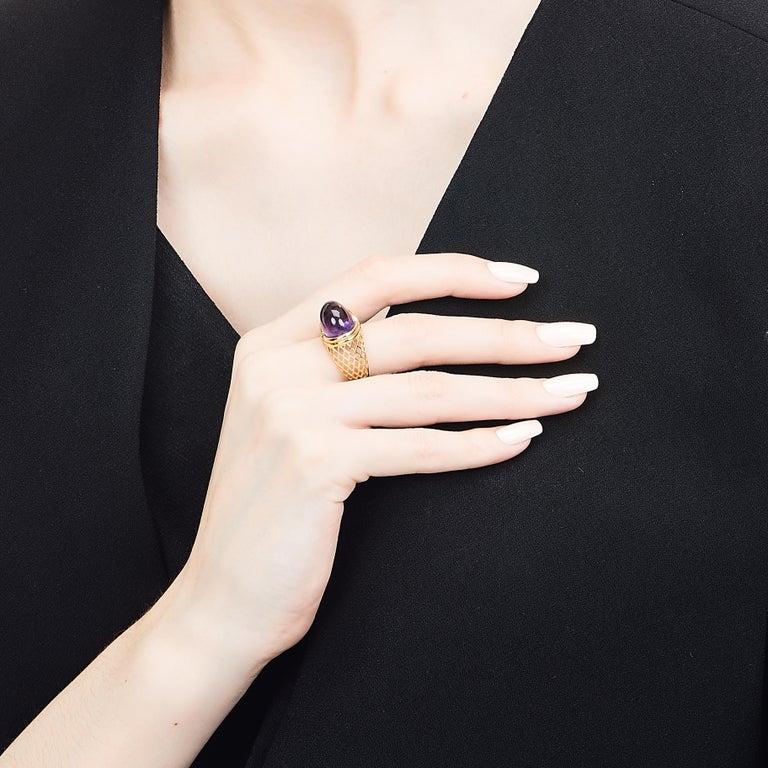 Women's Yemyungji Amethyst Cabochon Cut 12.5 Carat 18 Karat Yellow Gold Cocktail Ring For Sale