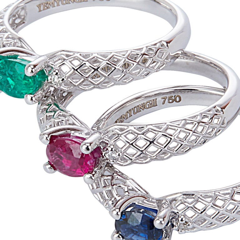 Yemyungji Emerald Ruby Sapphire Oval Cut Solitaire Layering Ring Set For Sale 4