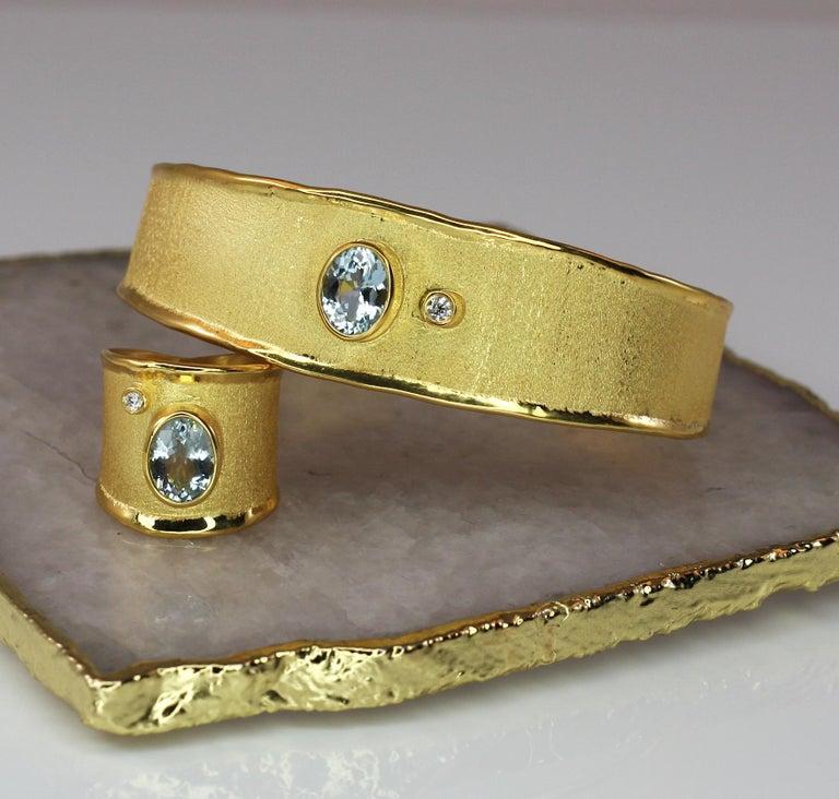 Yianni Creations 1.10 Carat Aquamarine and Diamond 18 Karat Yellow Gold Bracelet For Sale 7