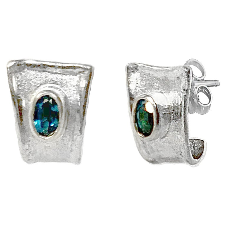 Yianni Creations 1.14 Carat Blue Topaz in Fine Silver and Palladium Earrings For Sale 2