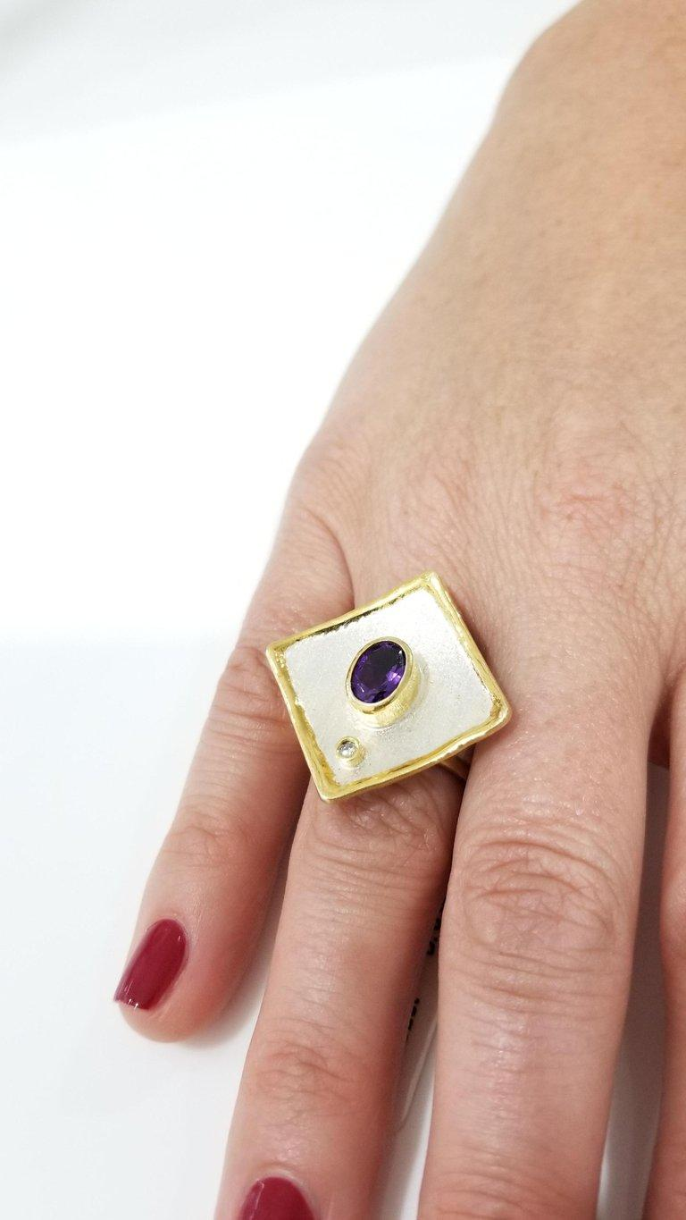 Contemporary Yianni Creations 1.25 Carat Amethyst Diamond Fine Silver 24 Karat Gold Ring For Sale