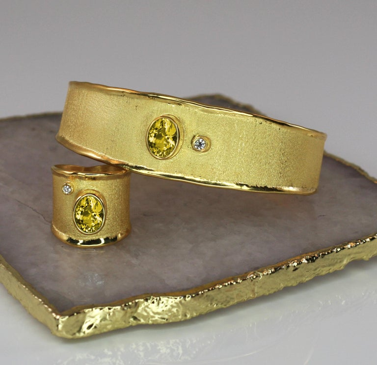 Contemporary Yianni Creations 18 Karat Solid Yellow Gold Diamond Bracelet With a Citrine For Sale