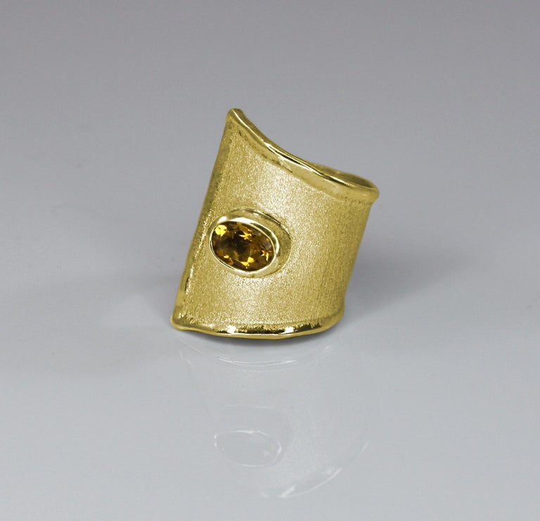 Yianni Creations Citrine Adjustable Wide Band Ring in 18 Karat Yellow Gold In New Condition For Sale In Astoria, NY
