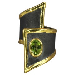 Yianni Creations 1.35 Carat Peridot Fine Silver Ring with Black Rhodium and Gold