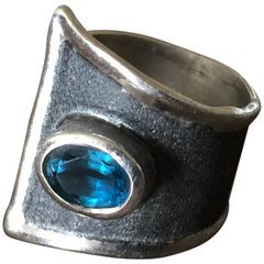 Yianni Creations 1.60 Carat Blue Topaz Ring in Fine Silver and Black Rhodium