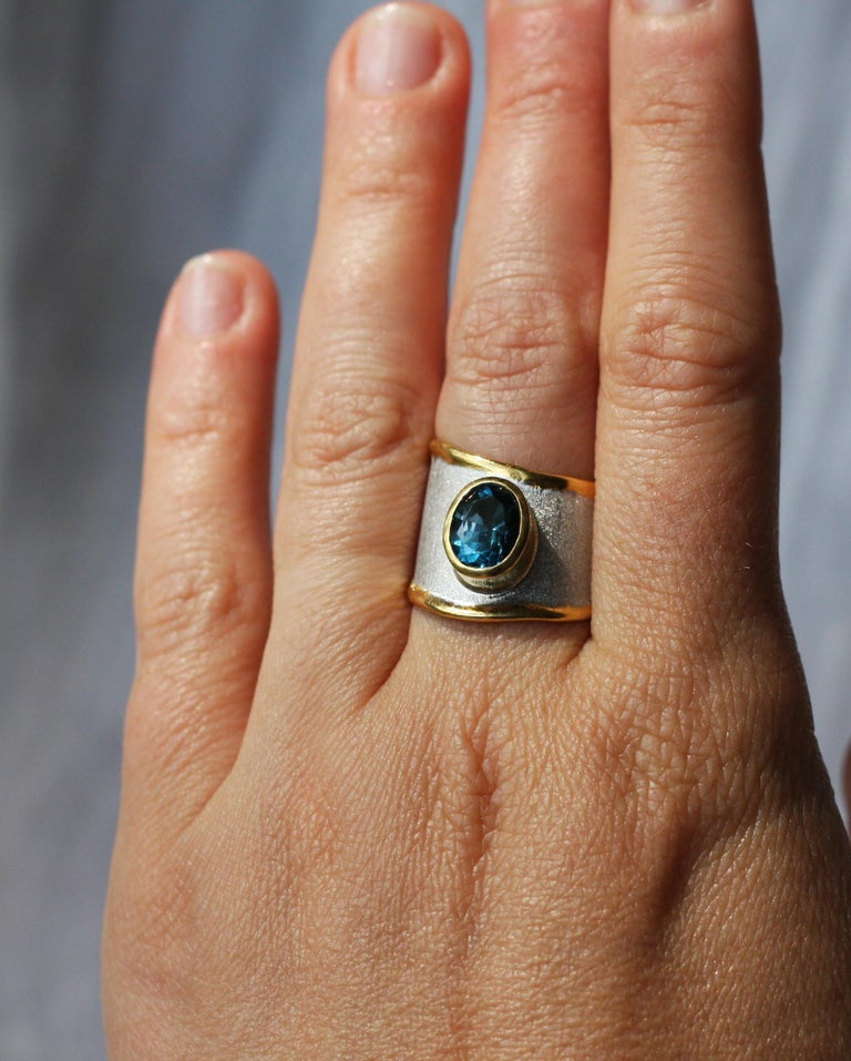Yianni Creations Blue Topaz Fine Silver 24 Karat Gold Adjustable Wide Band Ring In New Condition For Sale In Astoria, NY