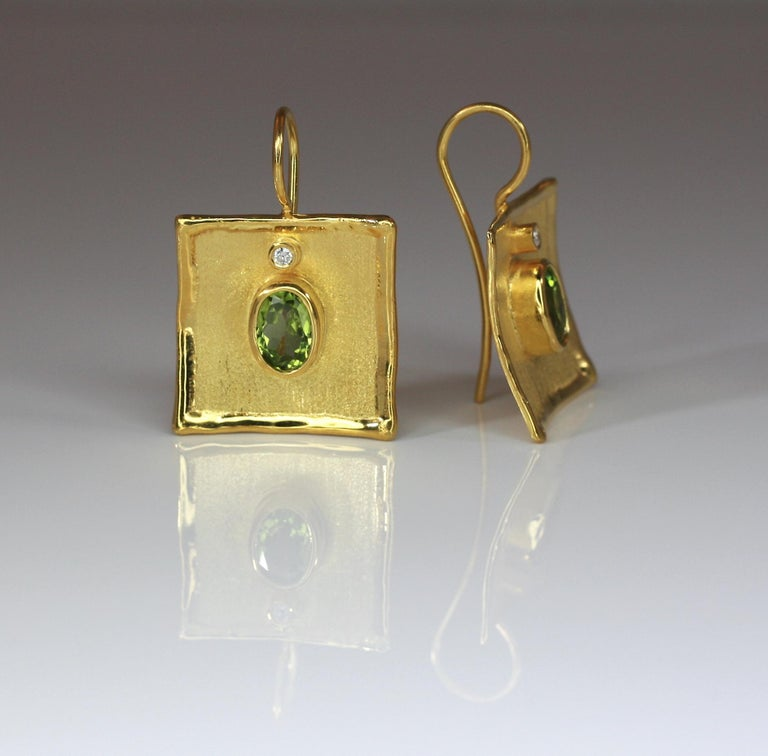 Yianni Creations 18 Karat Gold Earrings with 2.70 Carat Peridot and Diamonds For Sale 5