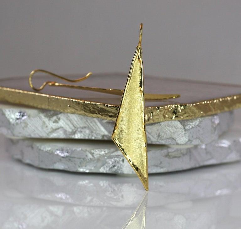 Women's Yianni Creations 18 Karat Gold Handmade Triangular Earrings For Sale