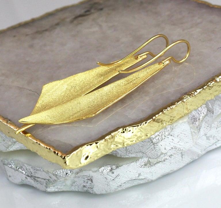 Yianni Creations 18 Karat Gold Handmade Triangular Earrings For Sale 1
