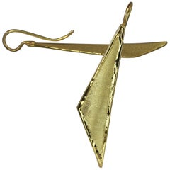 Yianni Creations 18 Karat Gold Handmade Triangular Earrings