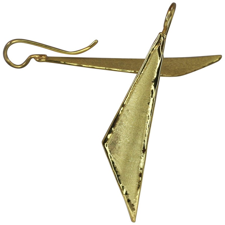 Yianni Creations 18 Karat Gold Handmade Triangular Earrings For Sale