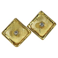 Yianni Creations 18 Karat Yellow Gold Stud Earrings with Diamonds