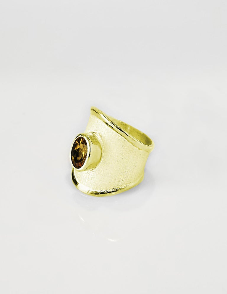 Yianni Creations 18 Karat Yellow Gold Wide Band Ring with a Oval Citrine For Sale 1