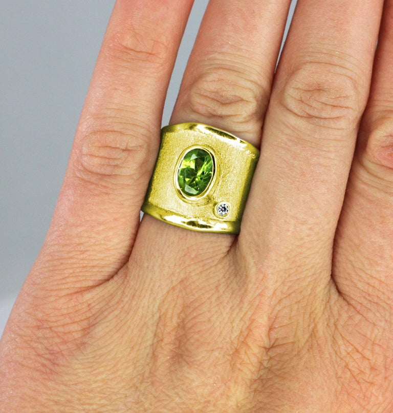 Oval Cut Yianni Creations Gold 18 Karat Custom Diamond Ring with Oval Peridot 2.0 Carat For Sale