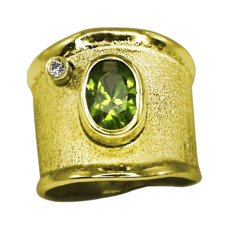 Yianni Creations 18 Karat Yellow Gold Peridot and Diamond Wide Band Ring