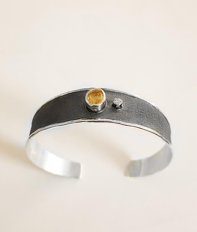 Women's Yianni Creations 2.50 Carat Citrine Diamond Fine Silver Set of Ring and Bracelet For Sale
