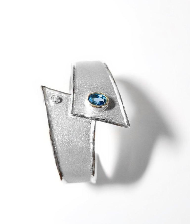Oval Cut Yianni Creations 2.50 Carat Topaz Diamond Fine Silver Palladium Bangle Bracelet For Sale