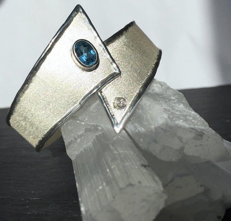 Women's Yianni Creations 2.50 Carat Topaz Diamond Fine Silver Palladium Bangle Bracelet For Sale
