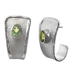 Yianni Creations 2.70 Carat Peridot Fine Silver Palladium Earrings