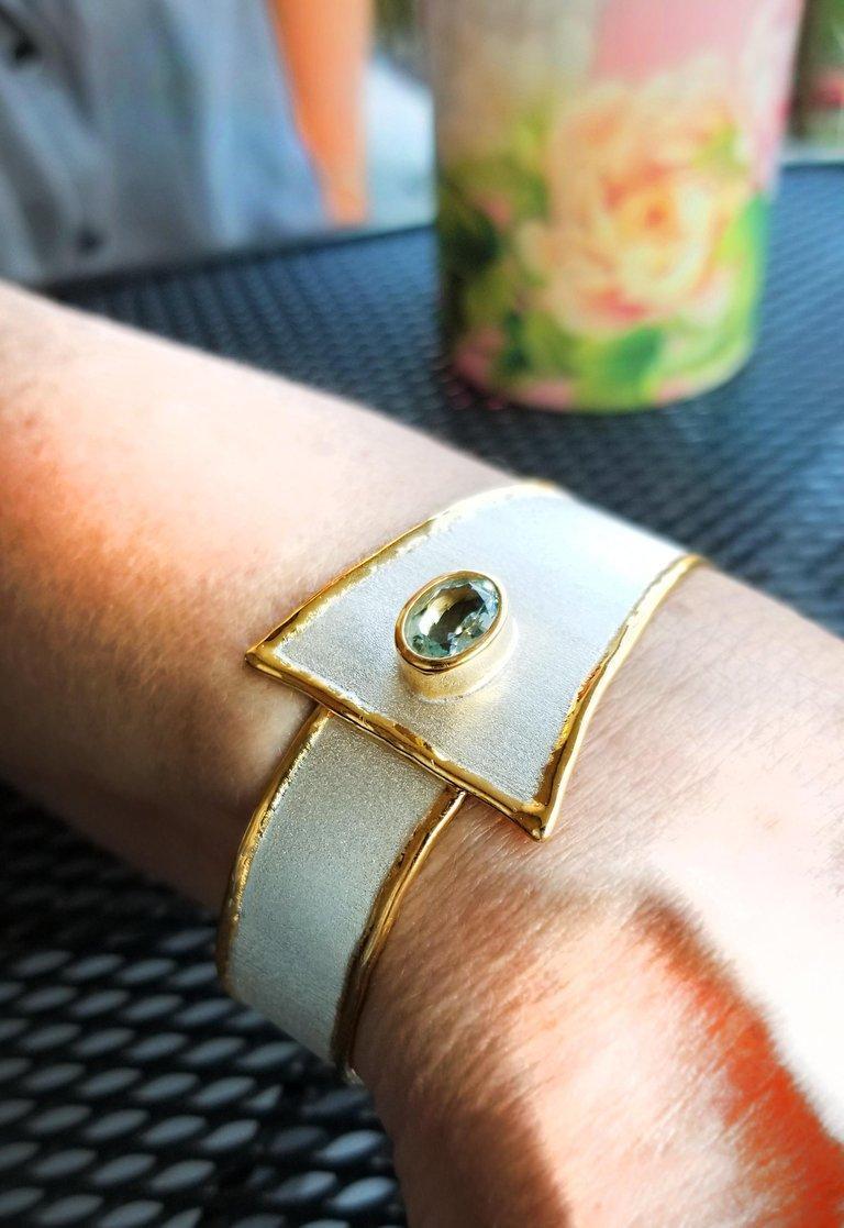 Yianni Creations 2.85 Carat Aquamarine Diamond Fine Silver and 24 Karat Gold Set For Sale 2