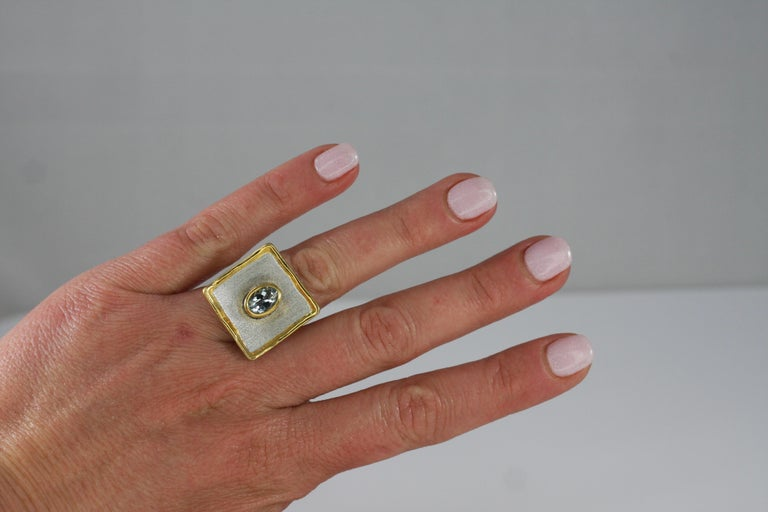 Yianni Creations Aquamarine Fine Silver and 24 Karat Gold Two-Tone Square Ring For Sale 2