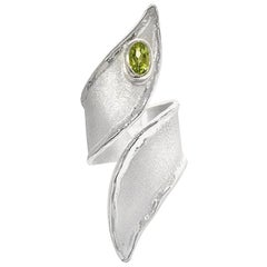Yianni Creations Fine Silver and Palladium Peridot Long Adjustable Unique Ring