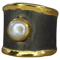 Yianni Creations Fine Silver Artisan Ring with Pearl Black Rhodium 24 Karat Gold