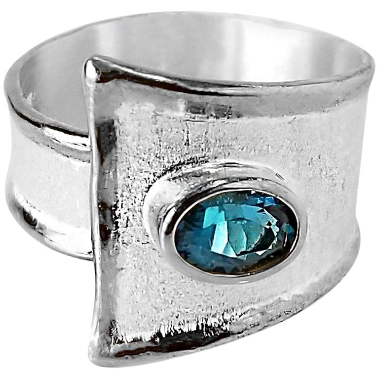 Yianni Creations Fine Silver London Blue Topaz Solitaire Adjustable Band Ring